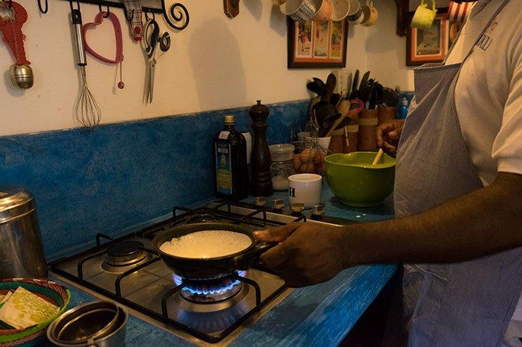 Making hoppers Kikili Galle