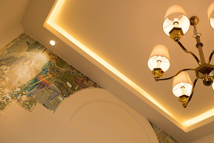 Galle-Face-Hotel-mosaic-ceiling