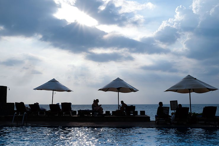 Galle-Face-Hotel-swimming-pool