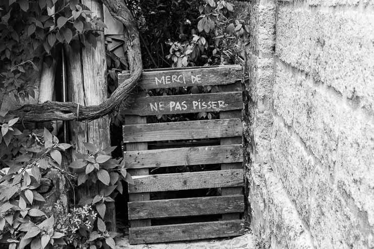 Polite notice, Uzes, Gard, France