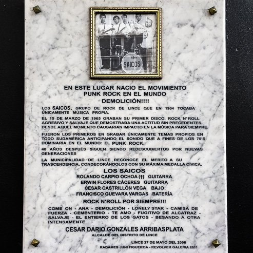 Plaque to the Saicos punk band at entrance to Revolver Art Gallery