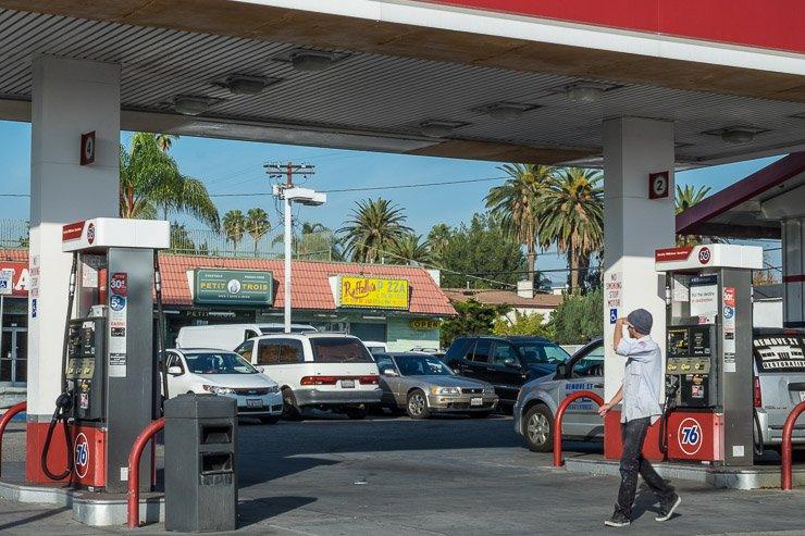View of Petits Trois & Trois Mecs, Los Angeles