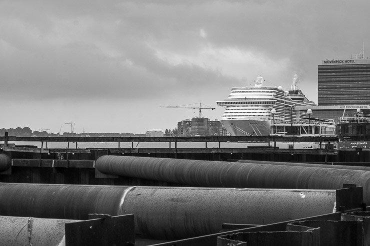 Cruise ship, Amsterdam, port