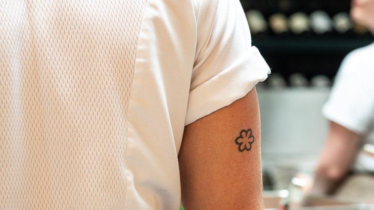 Michelin star tattoo, Cornerstone
