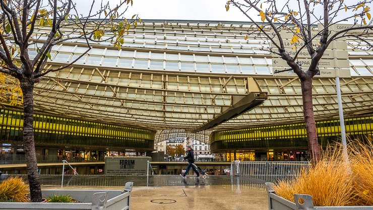 New roof of Les Halles by Patrick Berger put up in 2016
