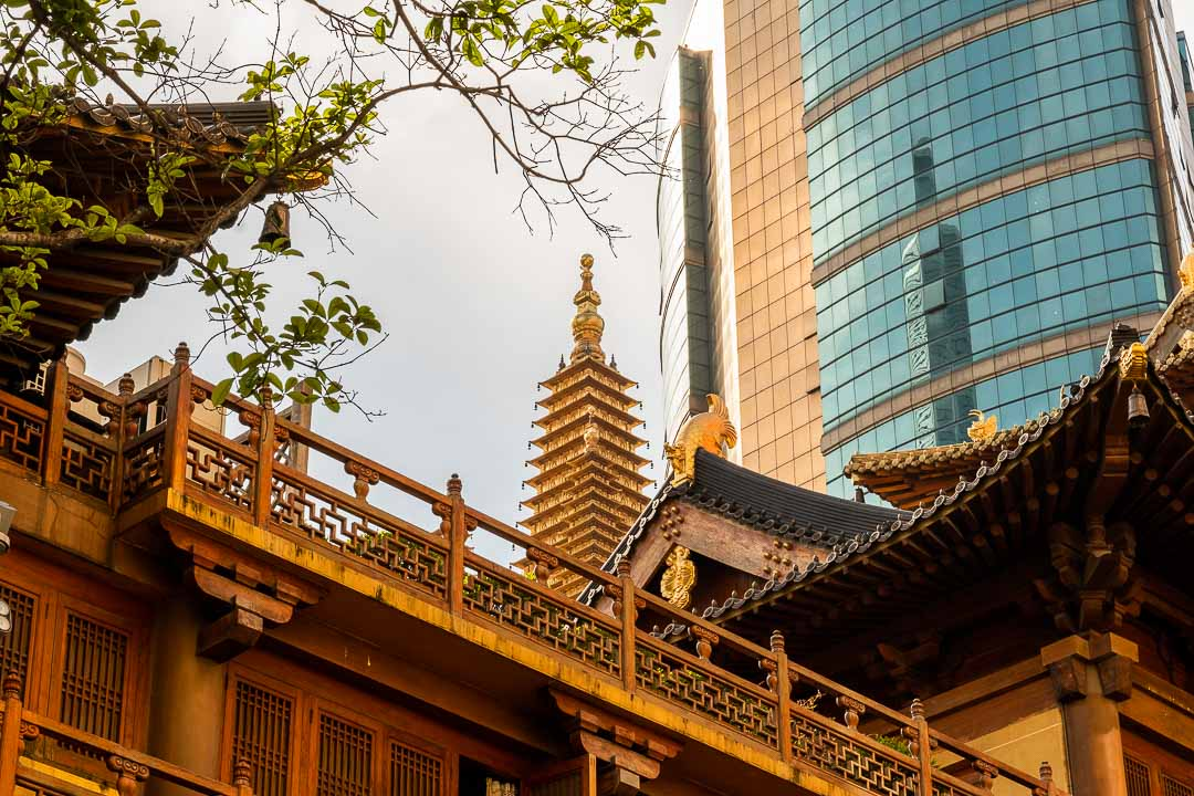 Jing'An temple with skyscrapers, Shanghai