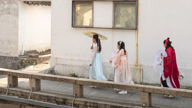Girls dressed in traditional Chinese costume, Suzhou