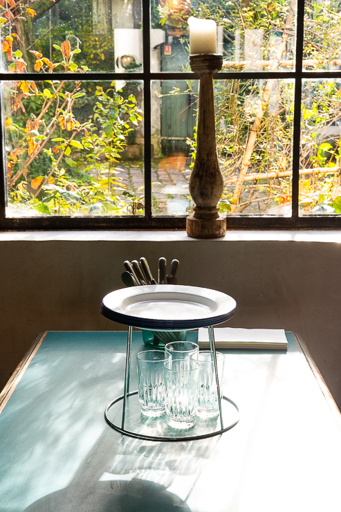 Table by window, Clamato, Paris