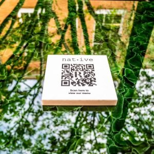 Native_QR code on reflective table